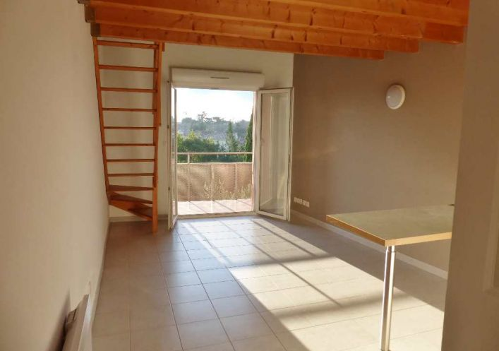 A louer Nimes 3014448 Terres latines