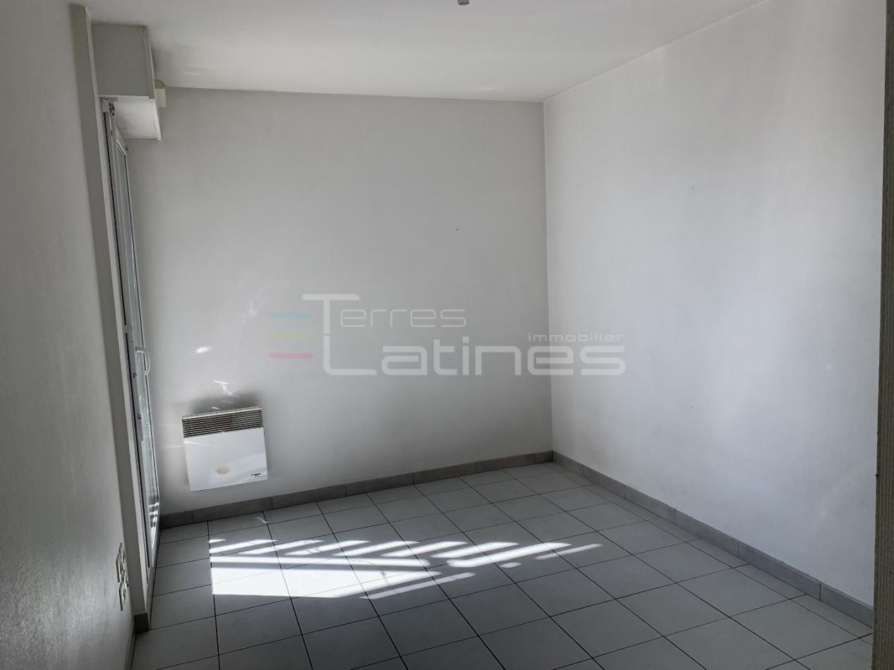 A vendre  Nimes   Réf 30144505 - Terres latines