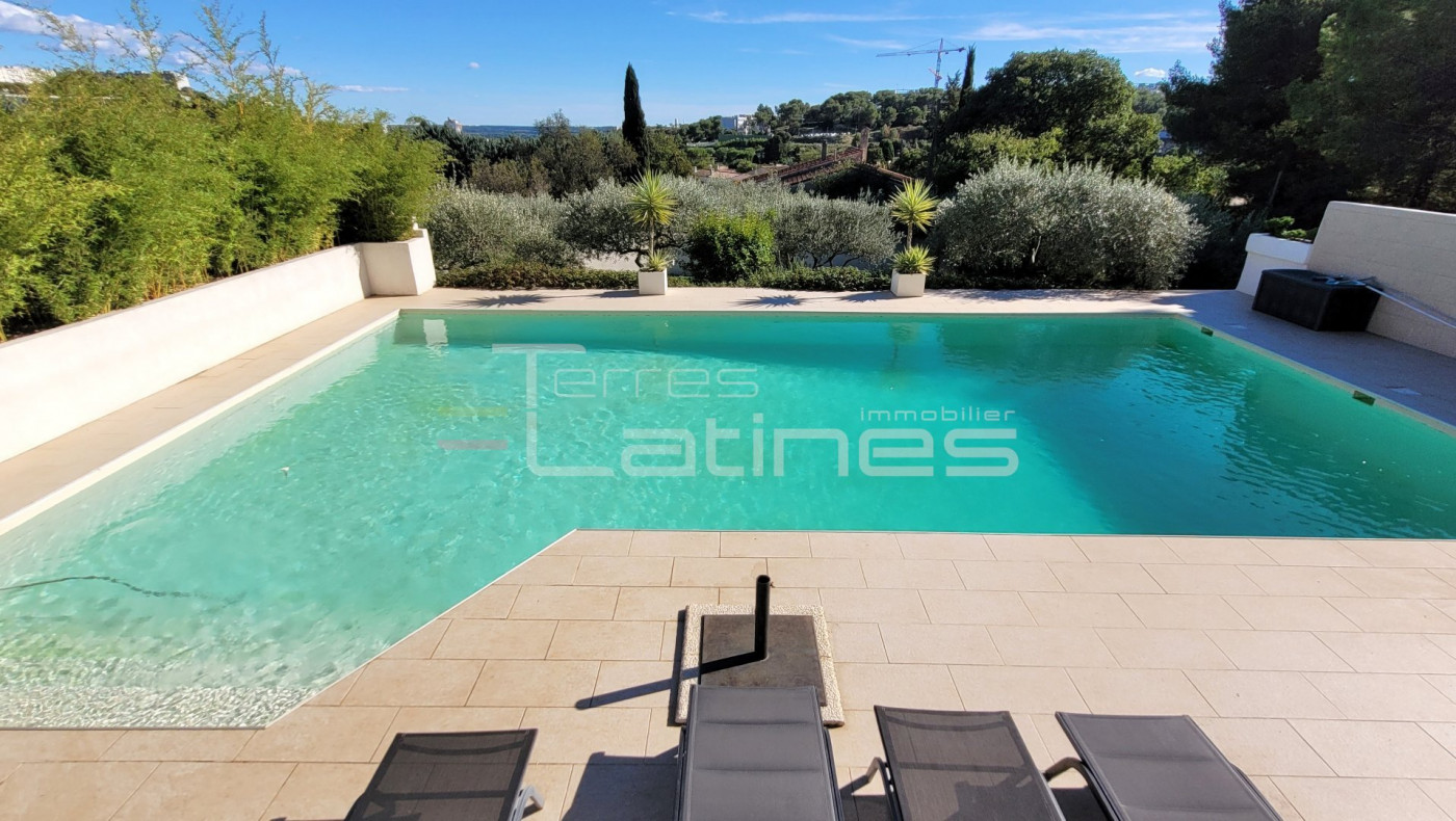 A vendre  Nimes   Réf 30144513 - Terres latines