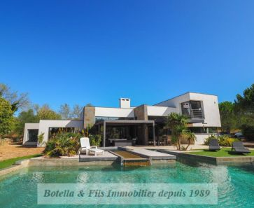 For sale  Uzes | Réf 3014718680 - Botella et fils immobilier prestige