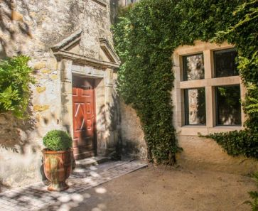 For sale  Uzes | Réf 3014734640 - Botella et fils immobilier prestige