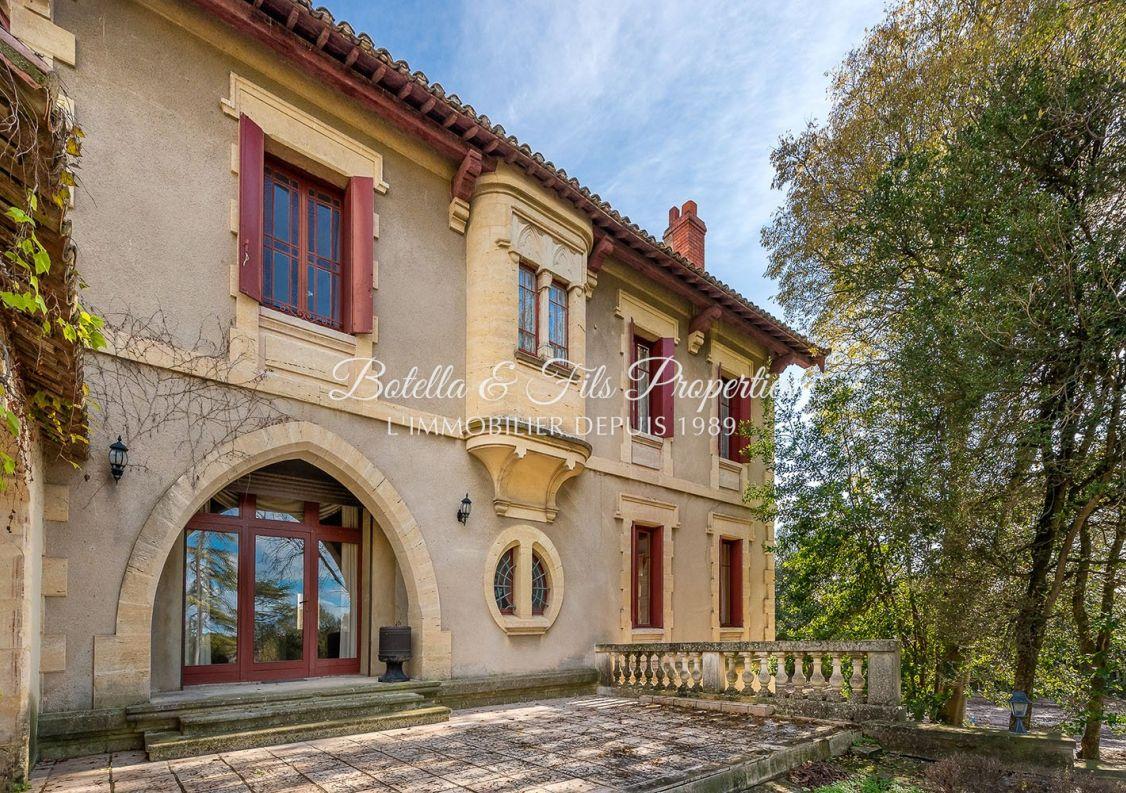 A vendre Demeure de ville et village Uzes | Réf 3014734703 - Botella et fils immobilier prestige