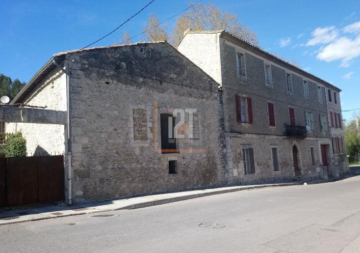 A vendre Beaucaire 301521264 I2t