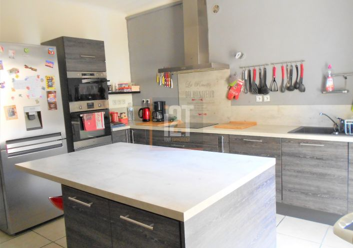 A vendre Beaucaire 301523338 I2t