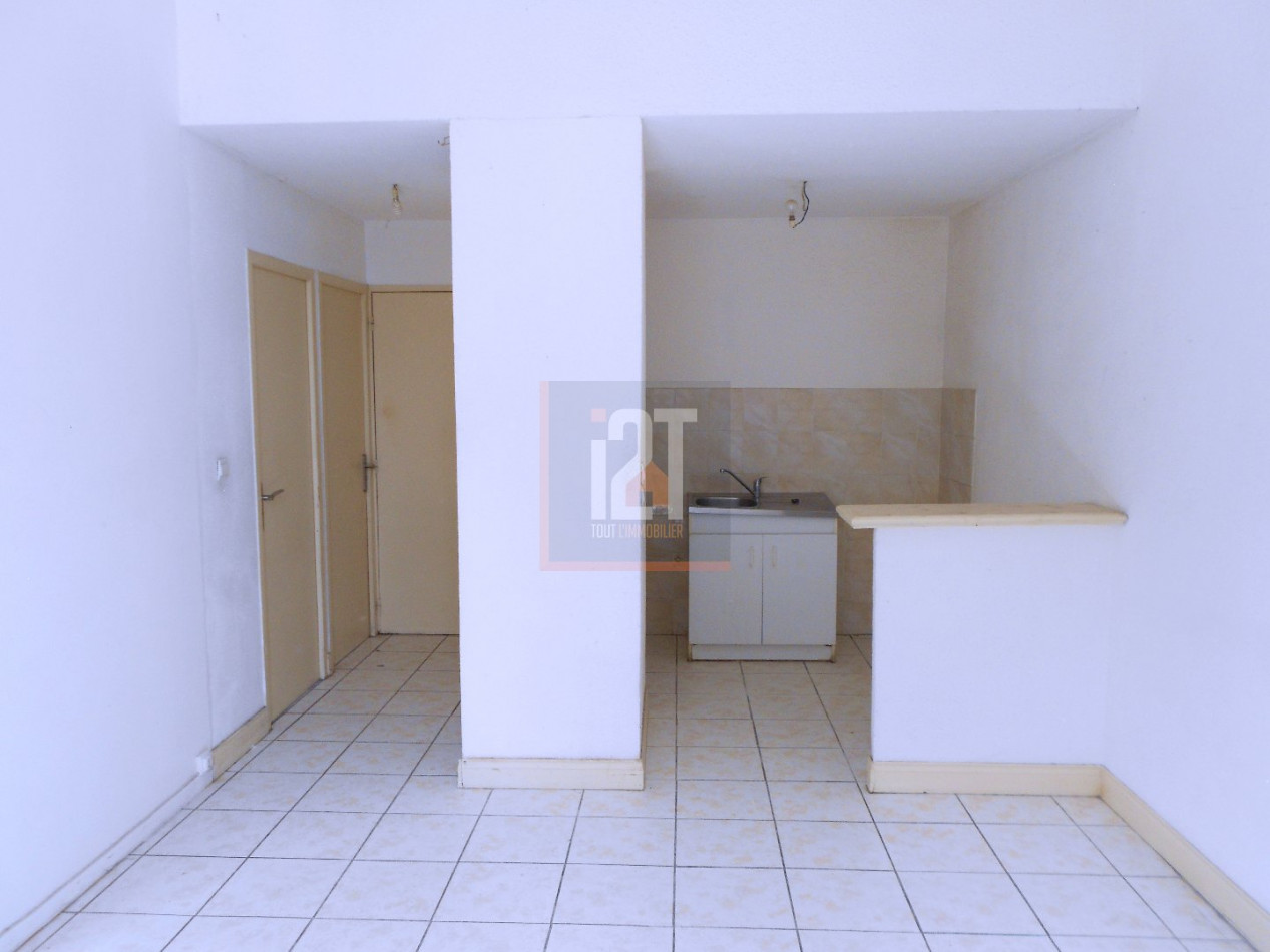A vendre Beaucaire 301523357 I2t