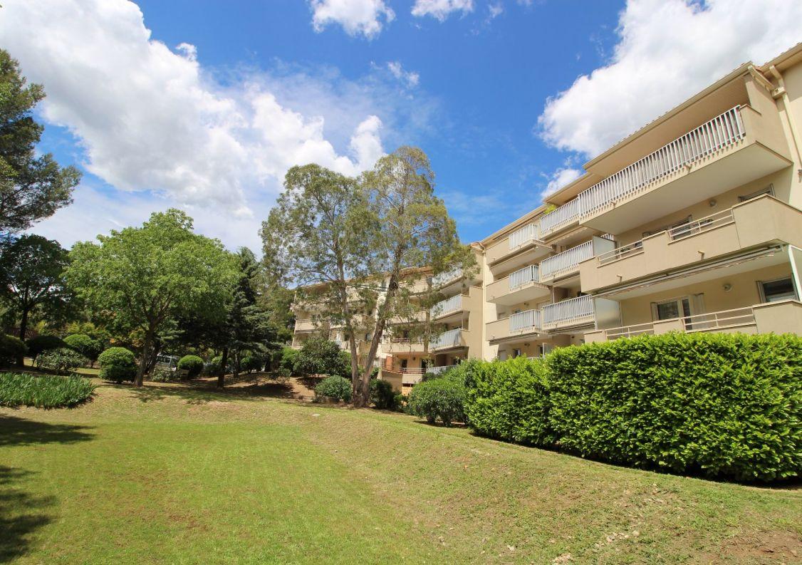 A vendre Appartement Nimes   Réf 30162772 - Patrimoine et habitat