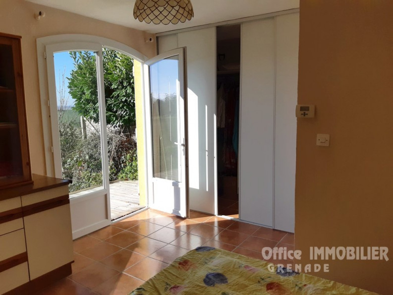 A vendre Cadours 31026995 Office immobilier grenade
