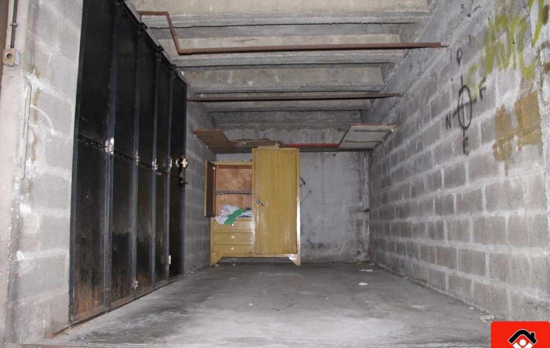 Garage en vente à Toulouse, réf.310385144 | Booster Immobilier