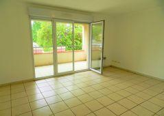 A louer Appartement Bruguieres   Réf 31093783 - Lacoste immobilier