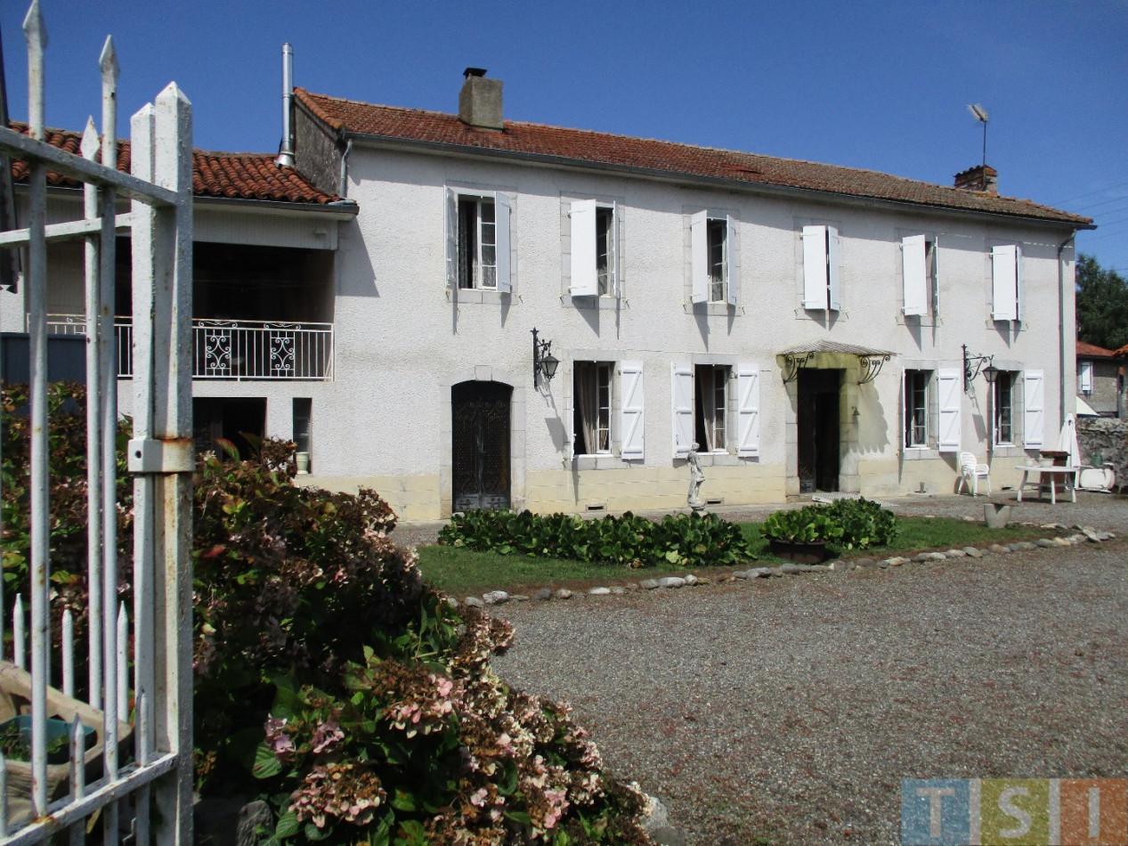 A vendre Montrejeau 3119050721 Tsi mont royal