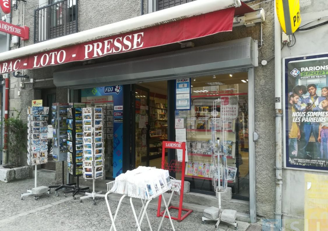 For sale Tabac   presse Saint Beat | Réf 3119052214 - Tsi mont royal