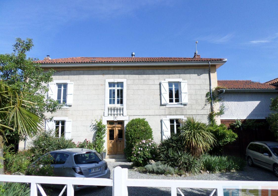A vendre Maison Martres De Riviere | Réf 3119052307 - Tsi mont royal