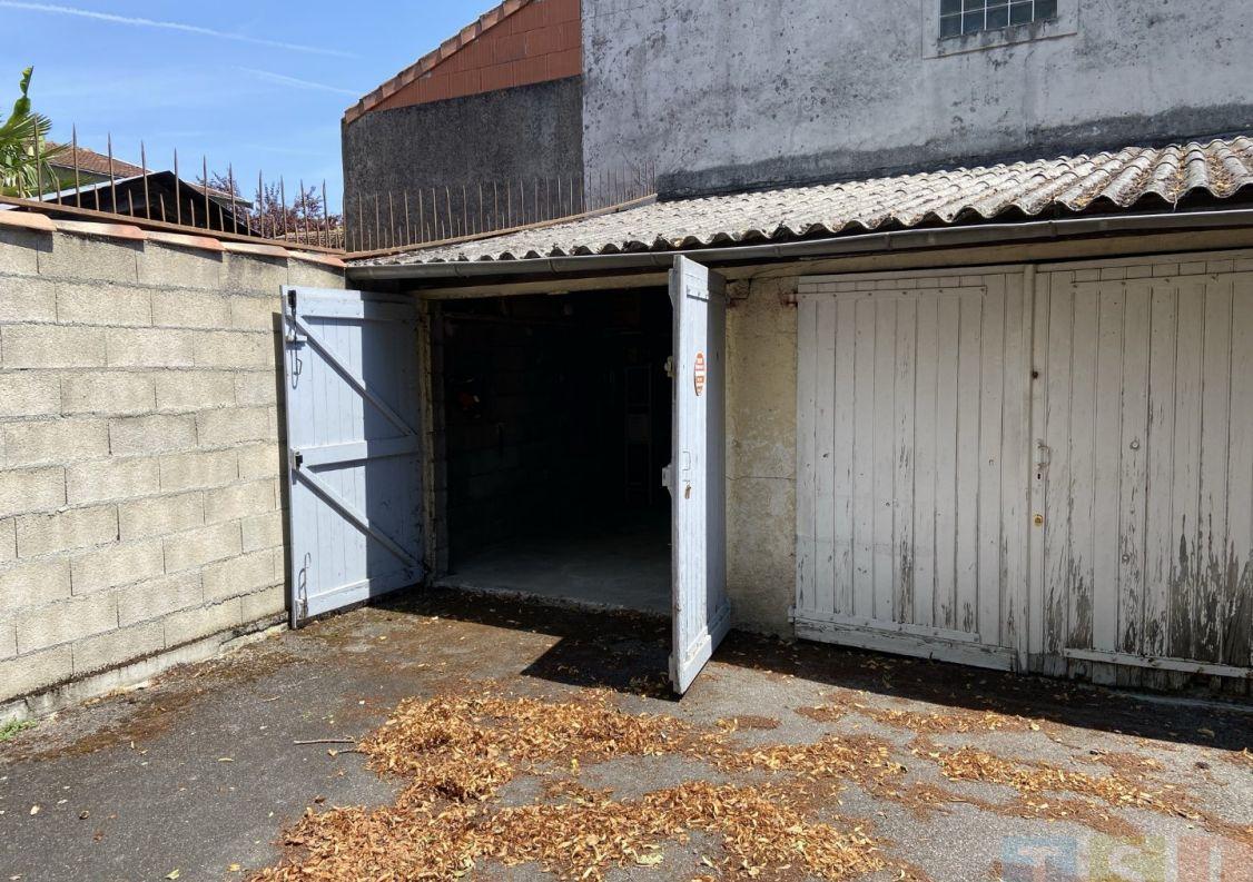 A vendre Garage Saint Gaudens   Réf 3119052432 - Tsi mont royal