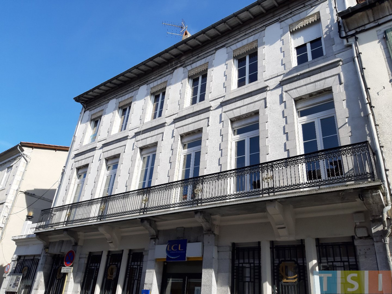 A vendre  Montrejeau | Réf 311905926 - Tsi mont royal