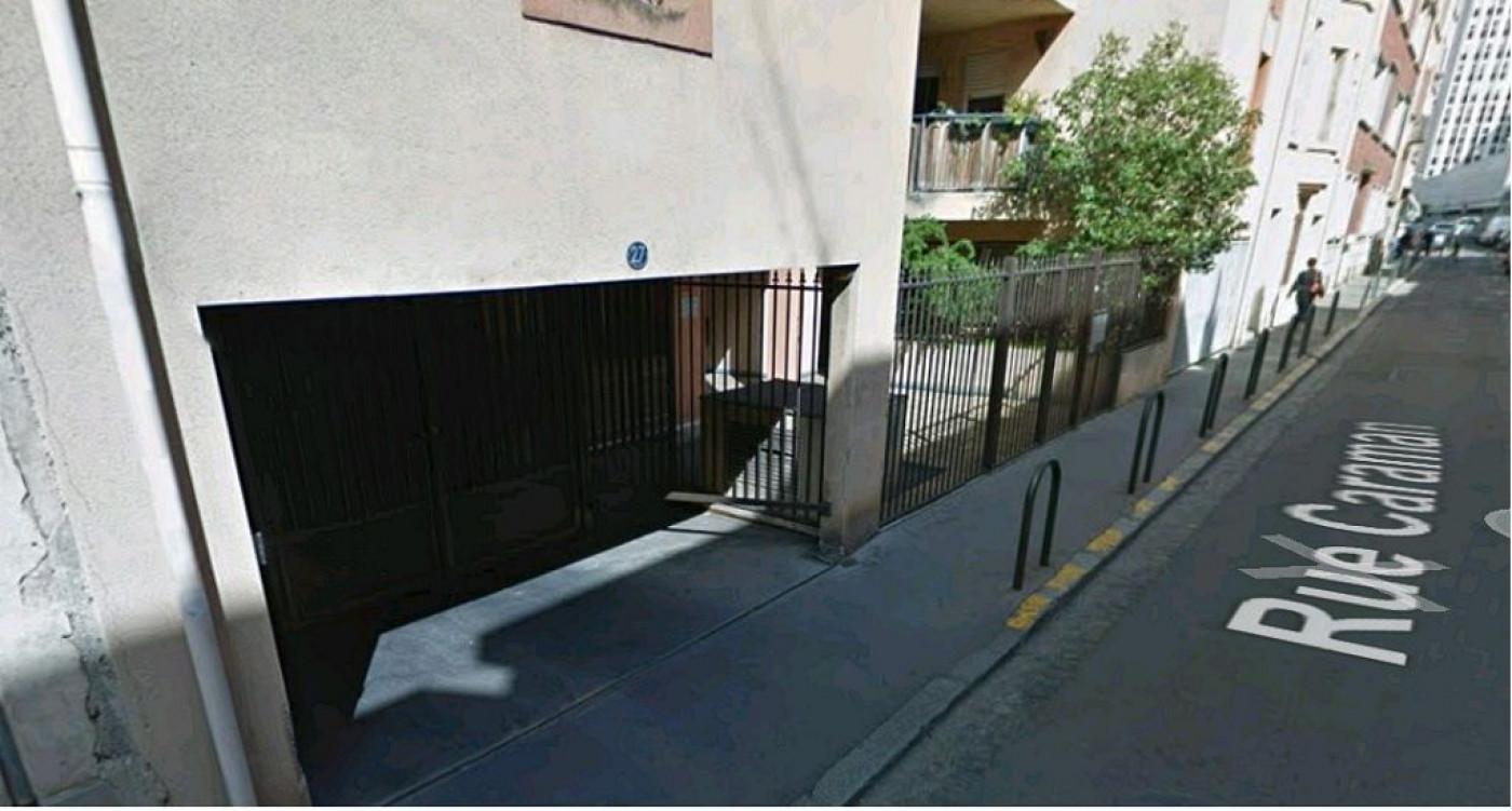 Garage en vente à Toulouse, réf. 3119142 | Galerie de l\'Immobilier