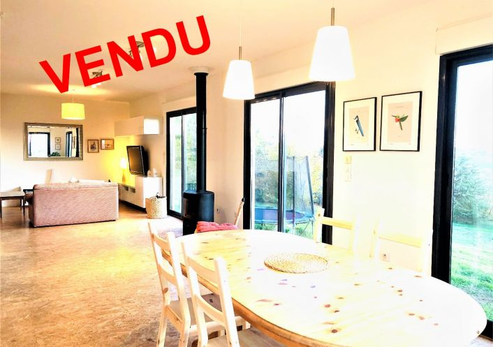 A vendre Villa d'architecte Bourg Saint Bernard   Réf 31212130 - Synergie immobilier