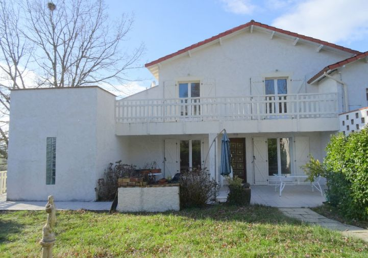 A vendre Auch 320051418 2m immobilier