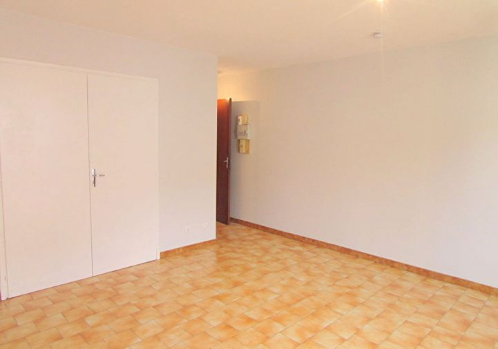 A louer Fleurance 320052345 2m immobilier