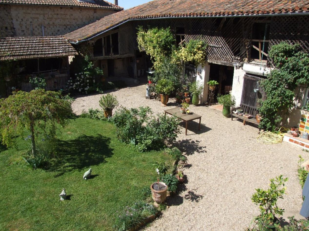 A vendre Masseube 320071090 L'occitane immobilier