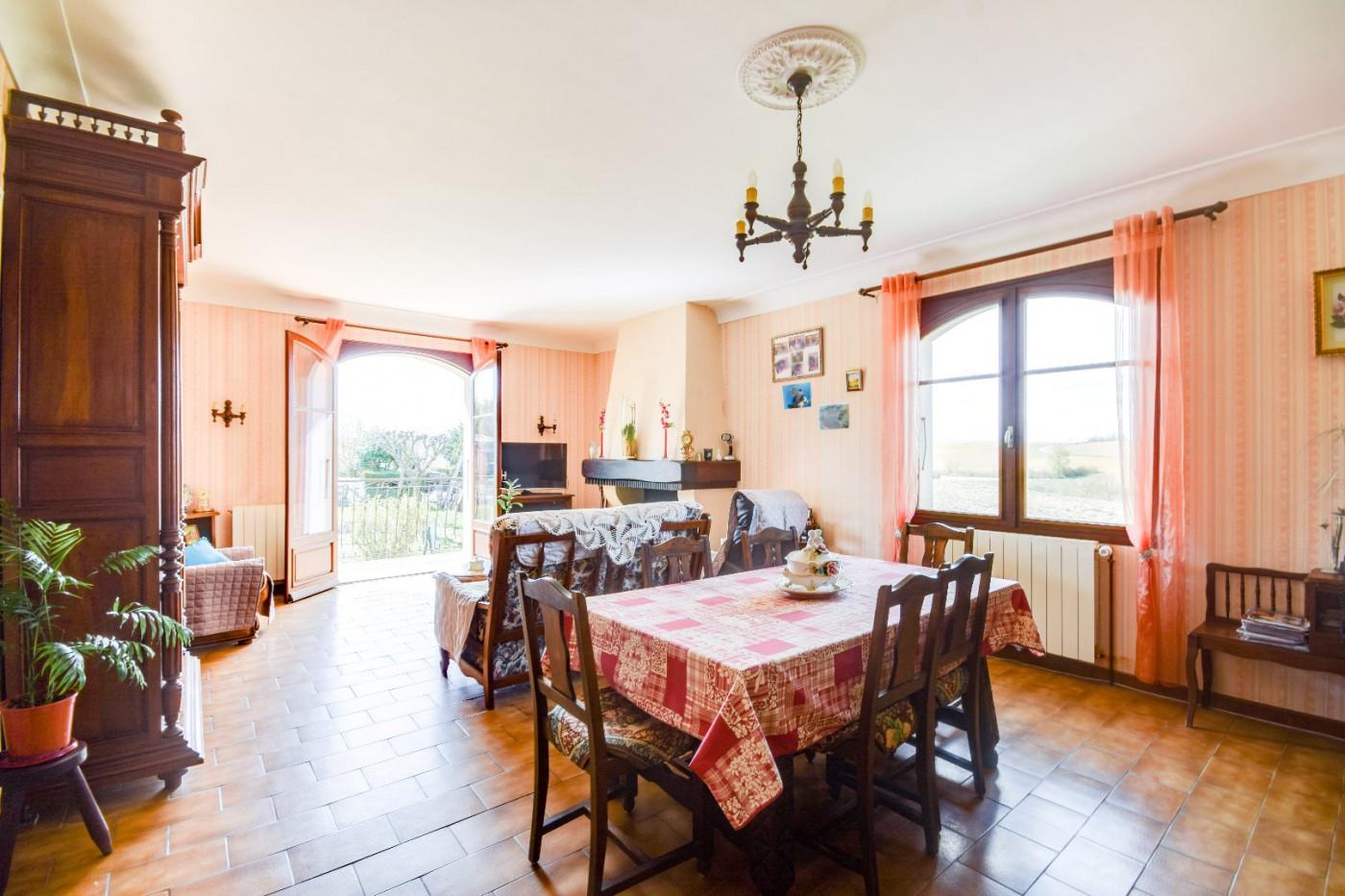 A vendre L'isle-jourdain 320071129 L'occitane immobilier