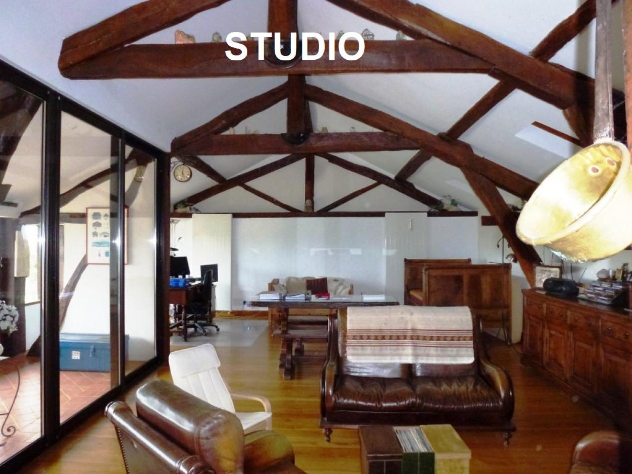 A vendre Mirande 320071187 L'occitane immobilier