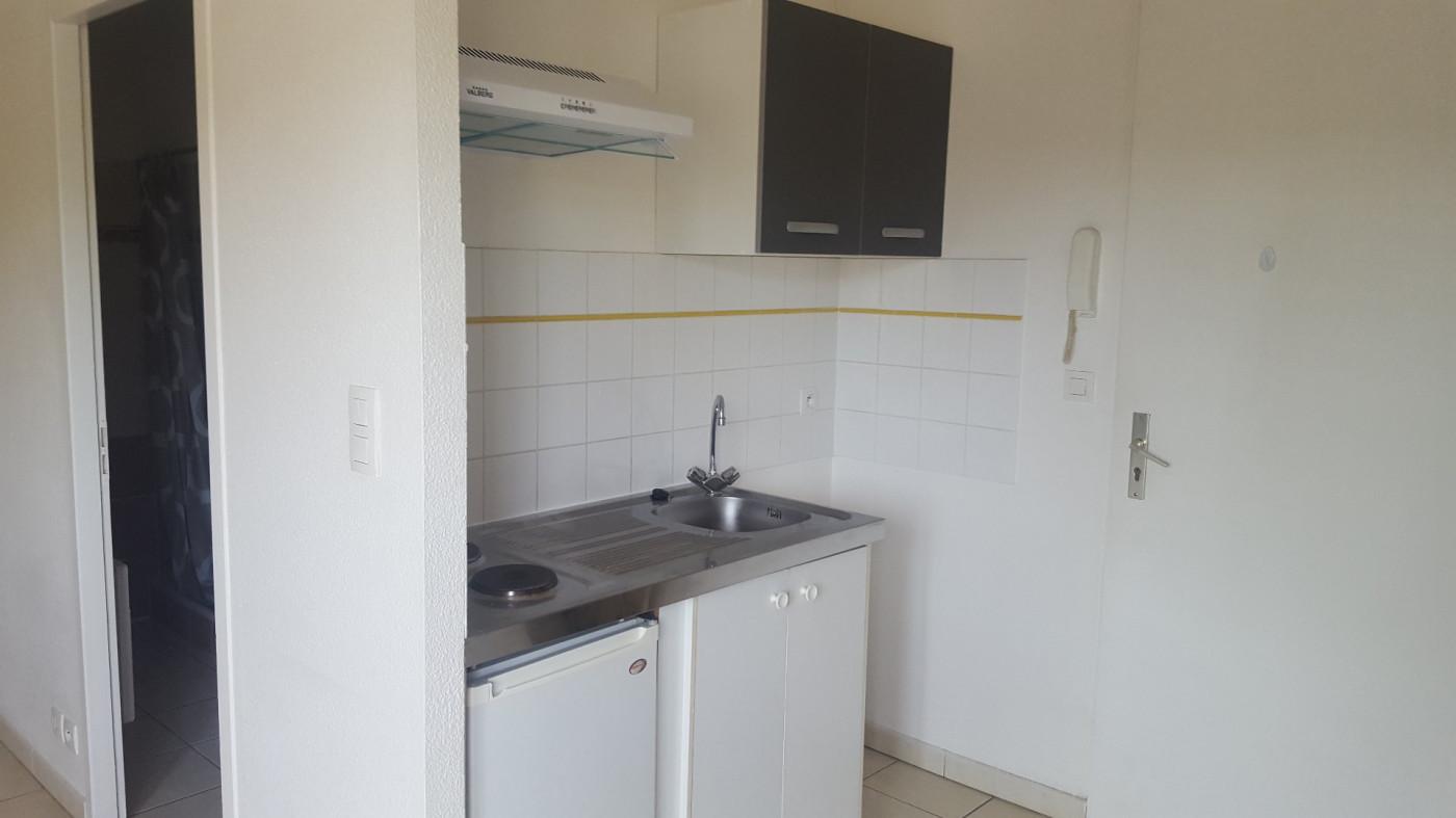 A louer  L'isle-jourdain | Réf 320071399 - L'occitane immobilier