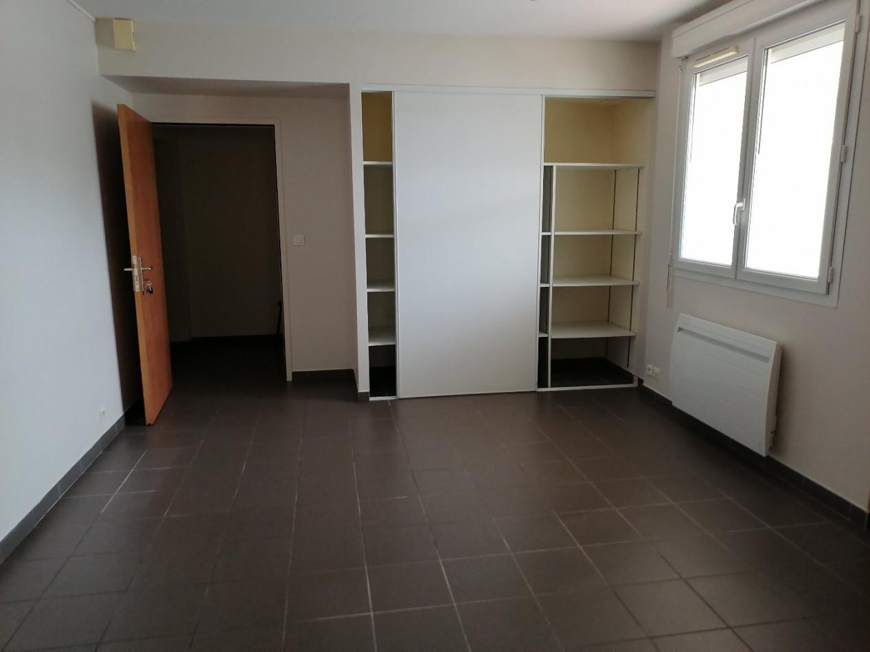 A louer  L'isle-jourdain | Réf 320071466 - L'occitane immobilier