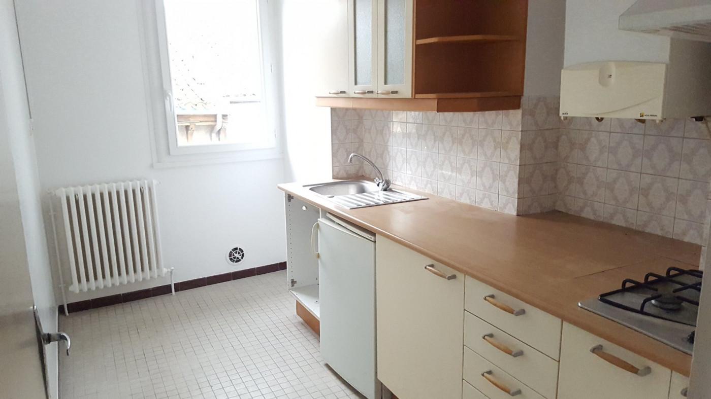 A louer  L'isle-jourdain | Réf 320071676 - L'occitane immobilier