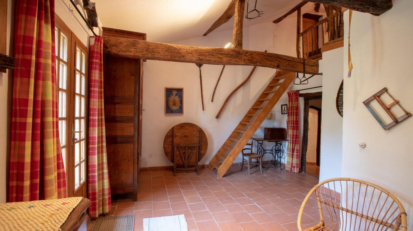 A vendre Cologne 320071754 L'occitane immobilier