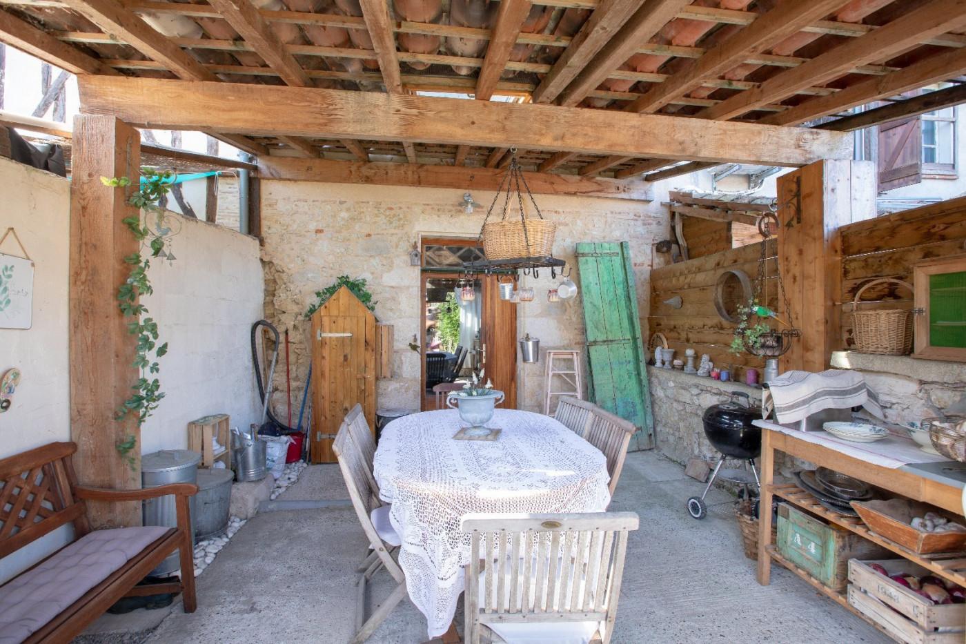 A louer L'isle-jourdain 320071785 L'occitane immobilier