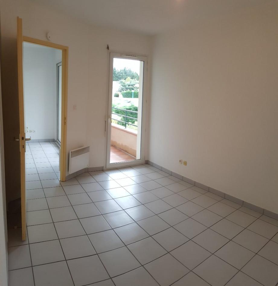 A louer L'isle-jourdain 320072030 L'occitane immobilier