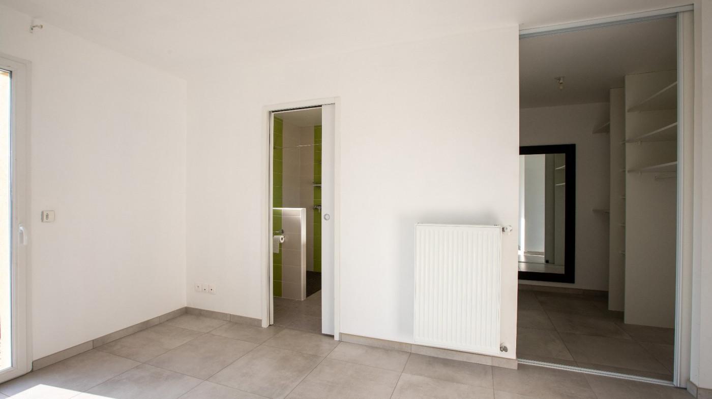 A vendre  L'isle-jourdain   Réf 320072033 - L'occitane immobilier