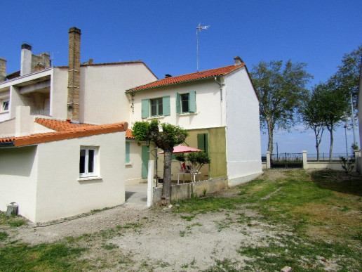 A vendre  Pauillac  3301213291 Medoc syndic