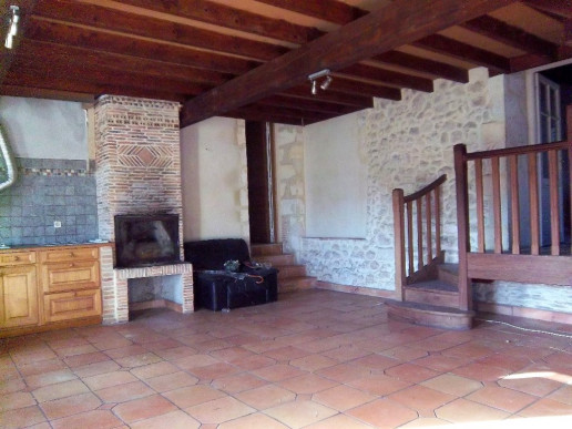 A vendre  Vertheuil  3301213304 Medoc syndic