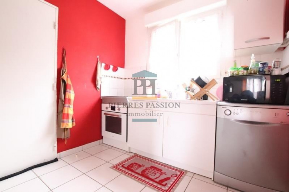 A vendre Cadillac 330381614 Pierres passion immobilier