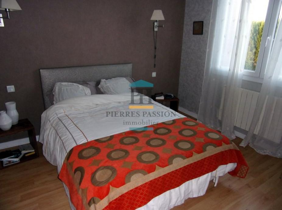 A vendre Laroque 330381770 Pierres passion immobilier