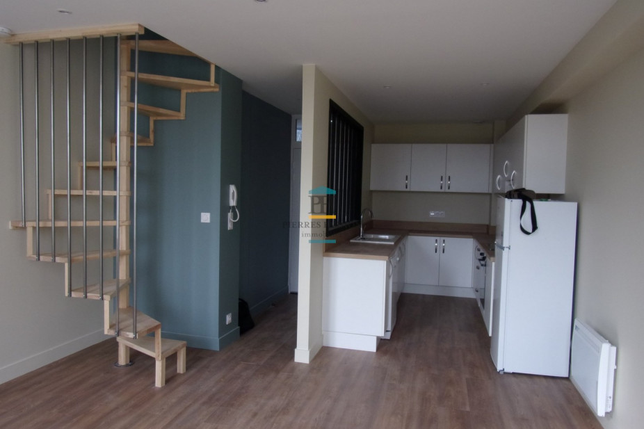 A vendre  Podensac   Réf 330381808 - Pierres passion immobilier
