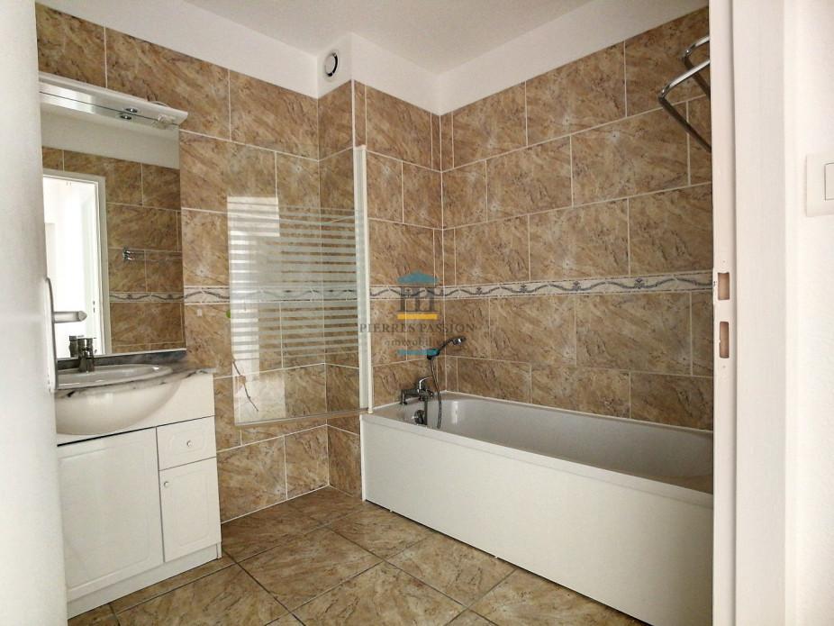 A louer  Paillet | Réf 330381882 - Pierres passion immobilier