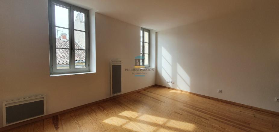 A louer  Langon   Réf 330381805 - Pierres passion immobilier