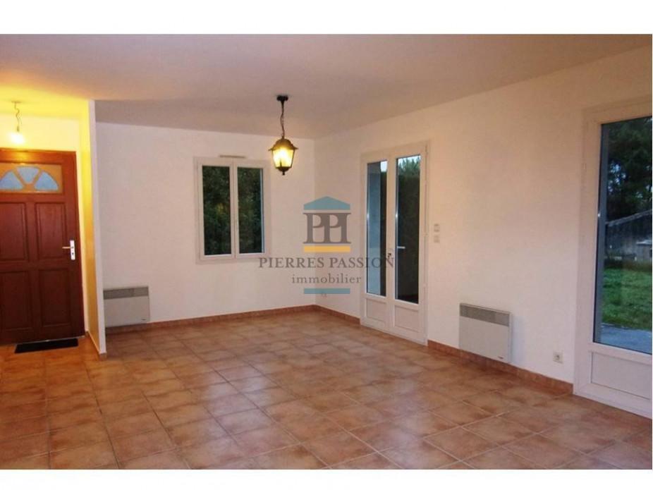 A vendre Saint Macaire 330401400 Pierres passion immobilier