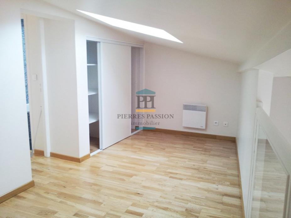 A louer  Langon   Réf 330401645 - Pierres passion immobilier