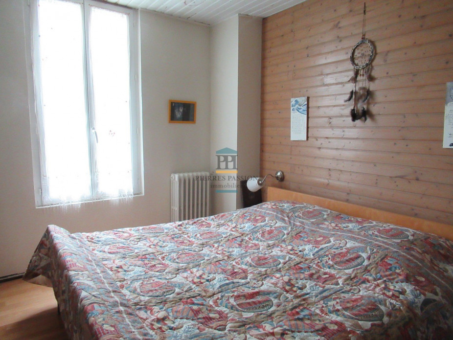 A vendre Morizes 330401733 Pierres passion immobilier