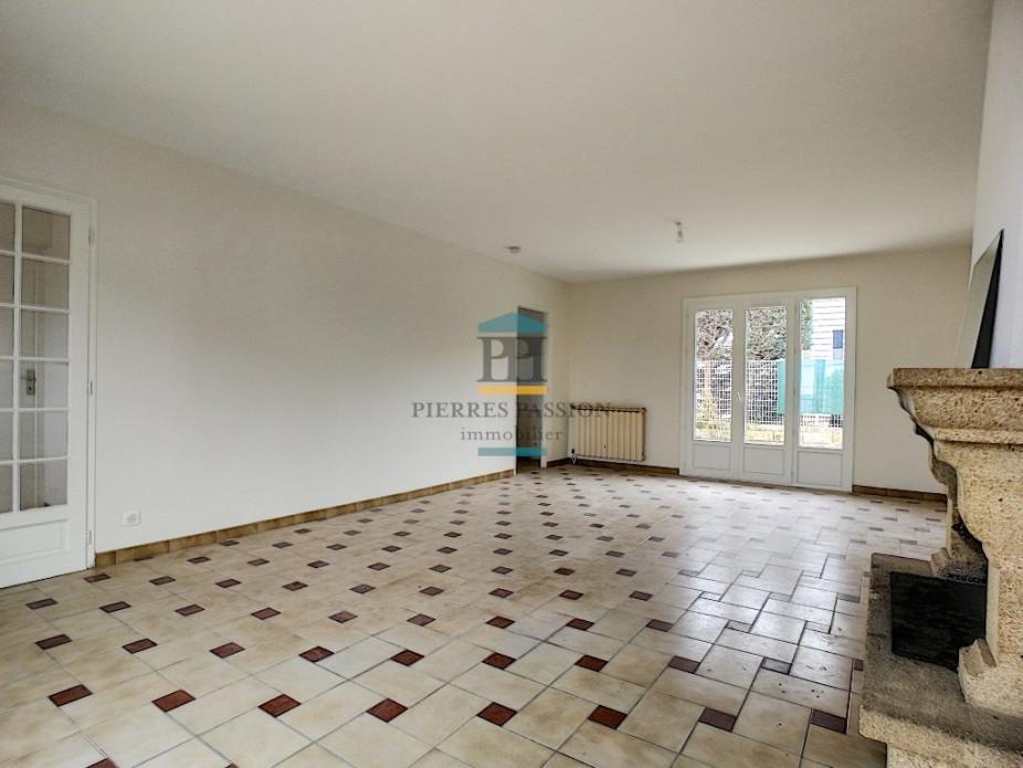 A louer  Langon   Réf 330401830 - Pierres passion immobilier