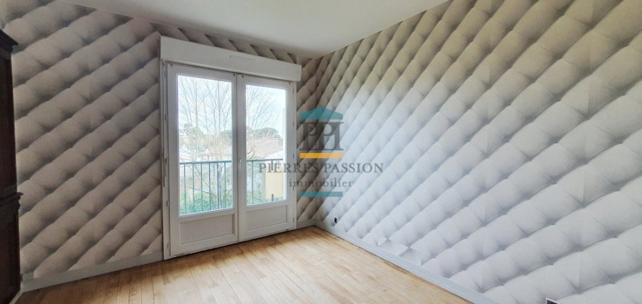 A louer  Toulenne   Réf 330401835 - Pierres passion immobilier