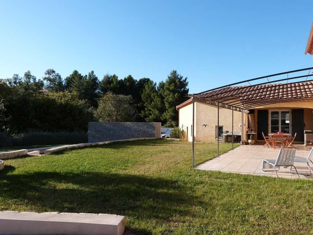 villa d 39 architecte en vente clermont l 39 herault rf340134533 agence casanova. Black Bedroom Furniture Sets. Home Design Ideas