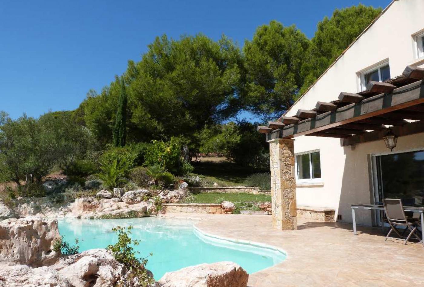 Villa en vente clermont l 39 herault r f340134923 agence for Garage ford clermont l herault