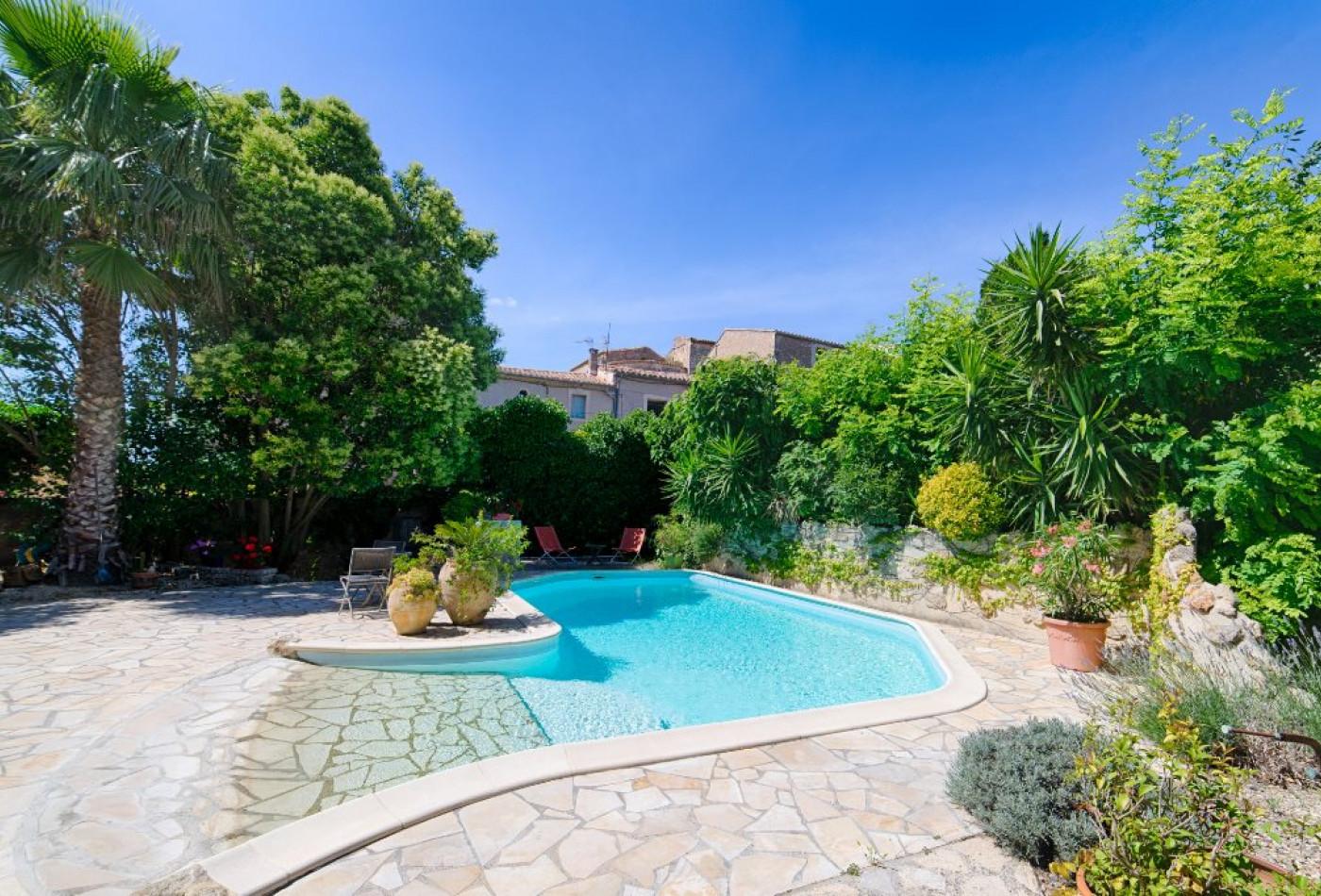 Maison en vente pezenas rf340135306 agence casanova - Pezenas piscine ...