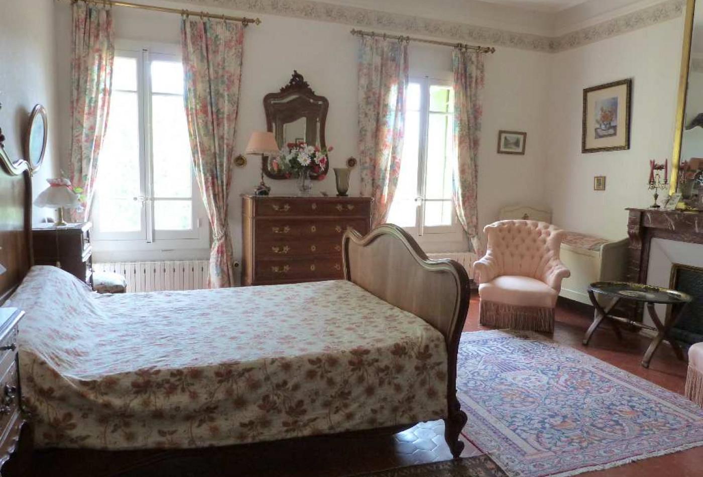 A vendre Lodeve 340136102 Agence galerie casanova