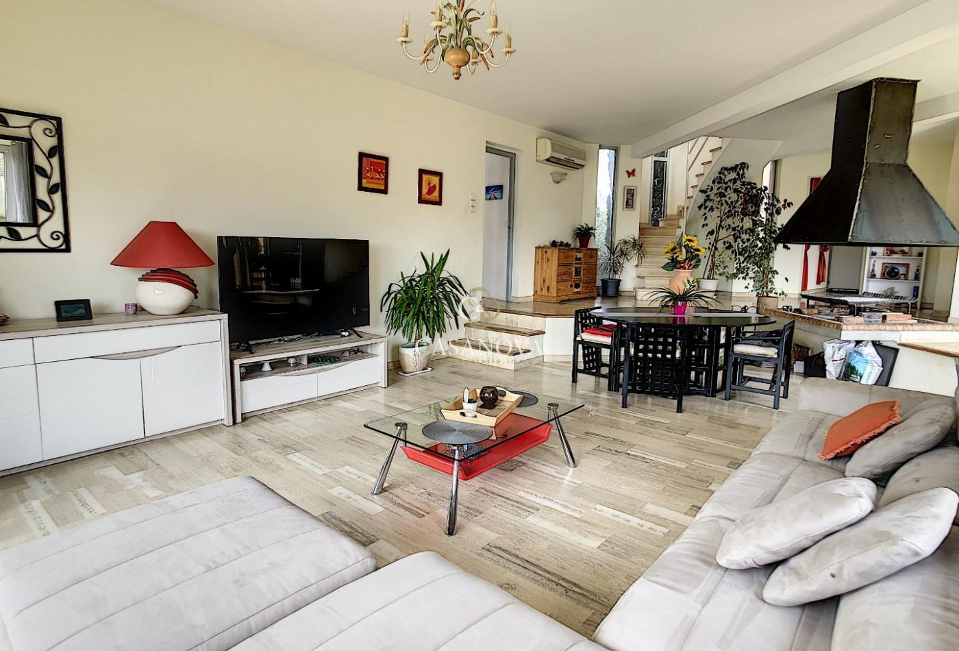 A vendre  Clermont L'herault | Réf 340138536 - Agence galerie casanova