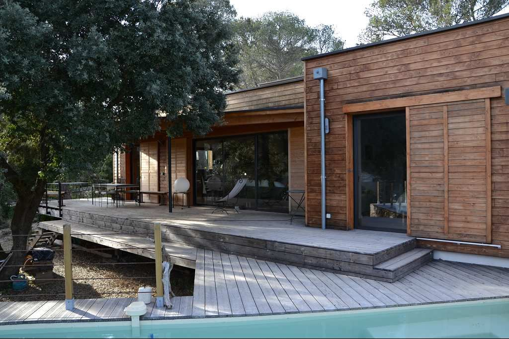 Maison contemporaine 5 piece s 190 m habitable en for Maison moderne nimes
